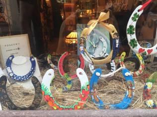 Horseshoe shop!
