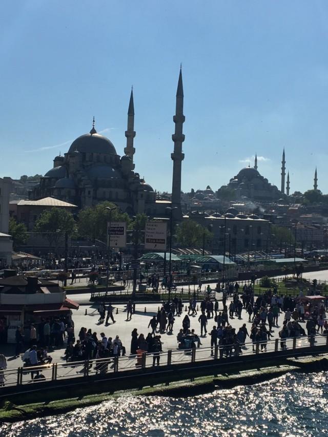 istanbul boat cruise.jpg